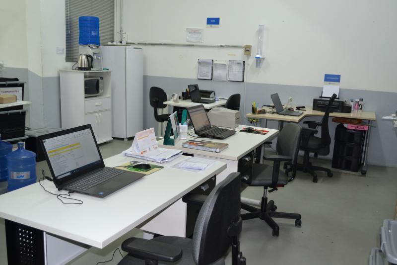 Indústria de placas eletrônicas